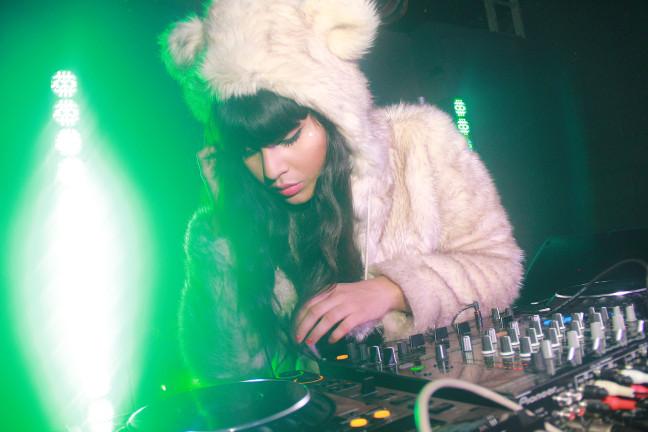 Jameela-Jamil-DJ