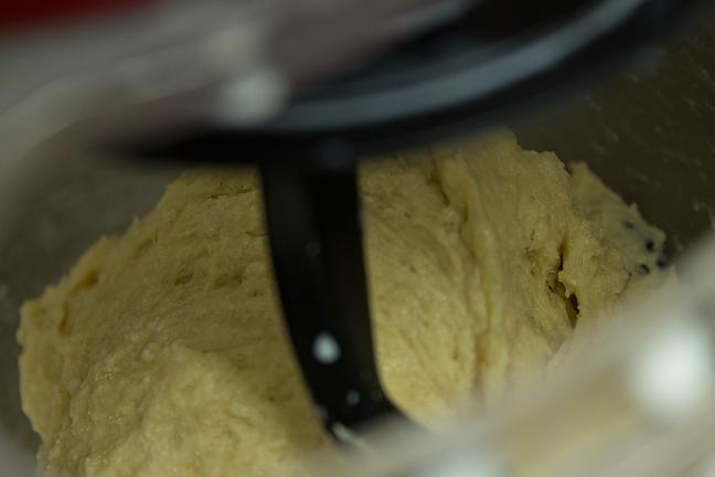 cinnamon twists dough mixer