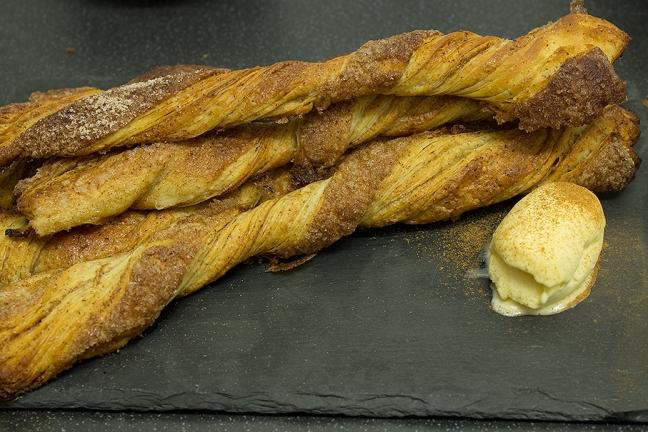 Jamie Oliver cinnamon twists recipe