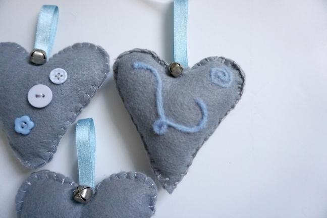 scandinavian felt heart DIY