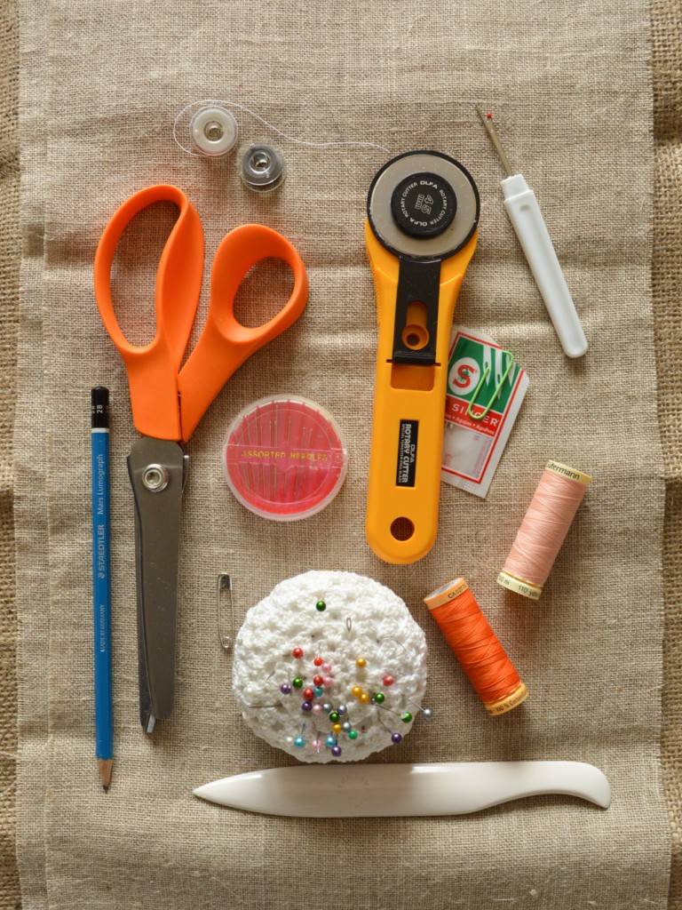 Anna-Simmonds-whats in my sewing kit 2