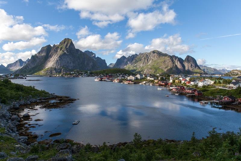 Ivan Bertona Lofoten, Norway - Unsplash